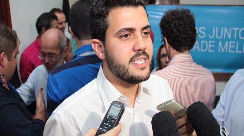 Deputado afirma que maioria do PTB está com Ricardo e nega retaliação